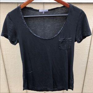 Tops - Scoop neck t shirt